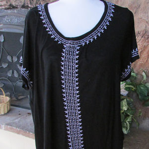Embroidered Black/White Lightweight Top Sz XXL